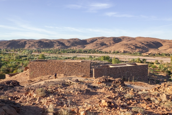 Building Beyond Borders: vrouwenhuis in Ouled Merzoug