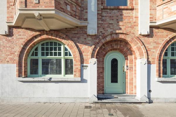 Restauration, rénovation et extension d'une maison de maître abritant un espace susceptible d'accueillir une profession libérale
