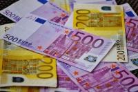 money15084541.jpg